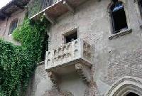 Visita i luoghi di Giulietta,la casa e la tomba Foto